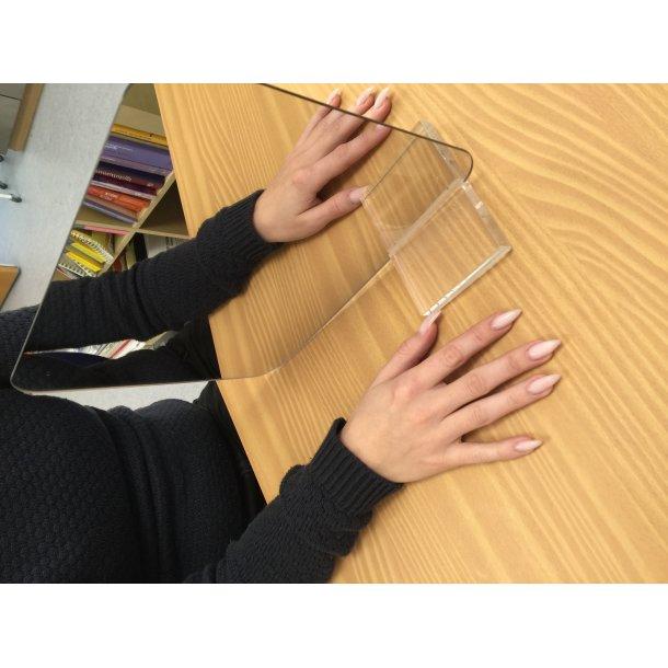 Scan-Mirror med en acryl fod (30x24cm)