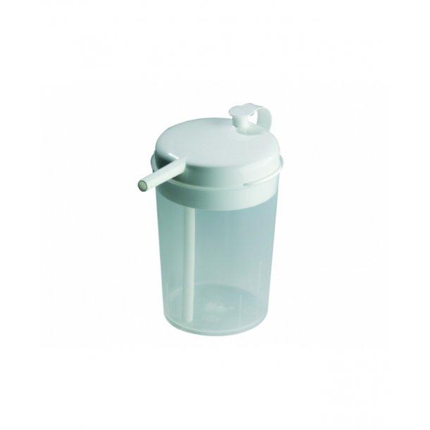 Novo Cup med sugerør